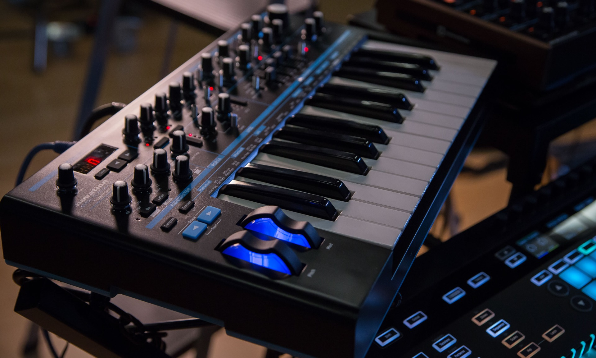 Novation Analog/Hybrid Synths thumbnail