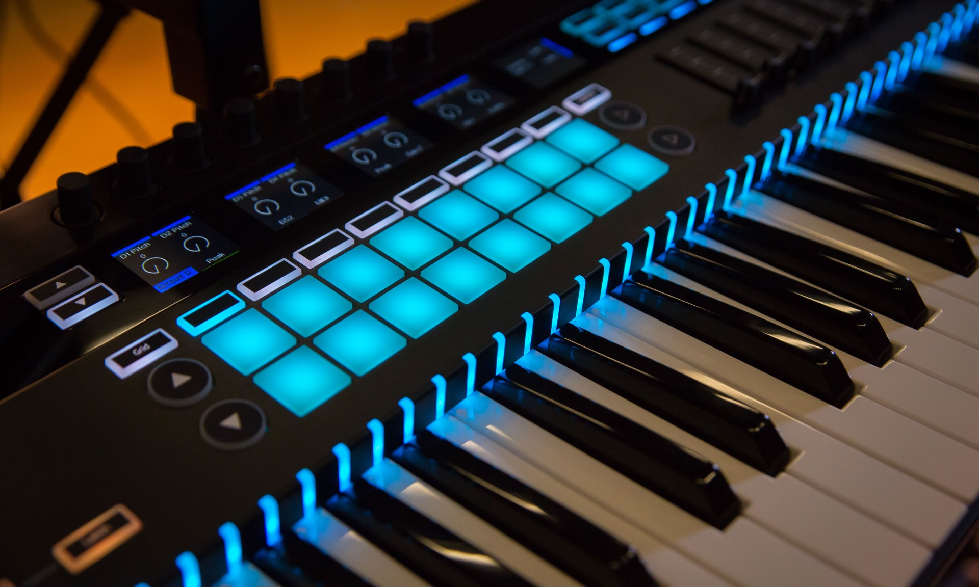 Novation Keyboard Controllers thumbnail