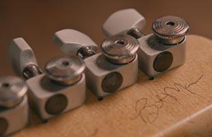 detail back image of Fender Brent Mason Telecaster showing locking tuning machines