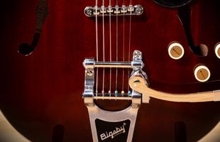 Image of Gretsch G2622t-P90 Bigsby B70 vibrato