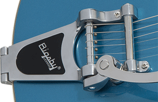 detail image of Gretsch G2622T showing Bigsby B70 vibrato