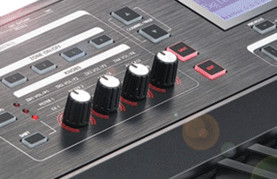 detail image of Kurzweil SP6 panel showing assignable MIDI control knobs and buttons